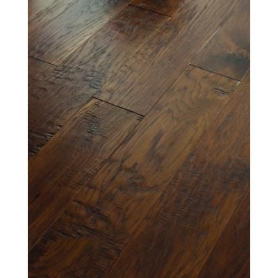 Love These Hand Scraped Hardwood Planks Meeting Edge To Edge For