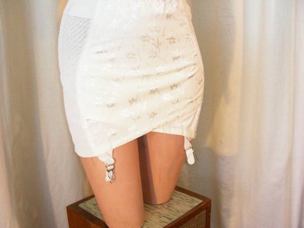 50's girdle - satin front with vine jacquard