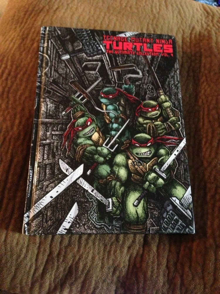 TEENAGE MUTANT NINJA TURTLES THE ULTIMATE COLLECTION VOL4 NM 92 IDW COMICS