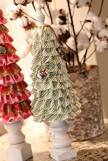 Ruffle Christmas Trees... I love the spindles they sit on.
