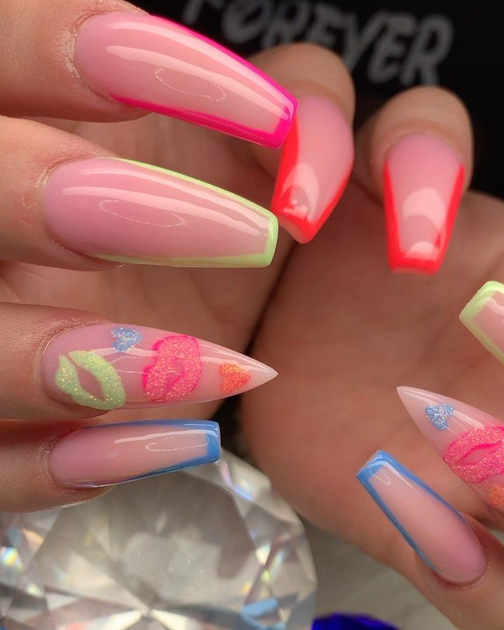 """Anna 💅🏽 Nails Artist on Instagram: """"Nails done by Anna 😇😘👉🏼👉🏼👉🏼 DM for your appointment 😇😇😇 #coffinnails  #acrylicnails #stilettonails #naturalnails #softpinknails…"""""""
