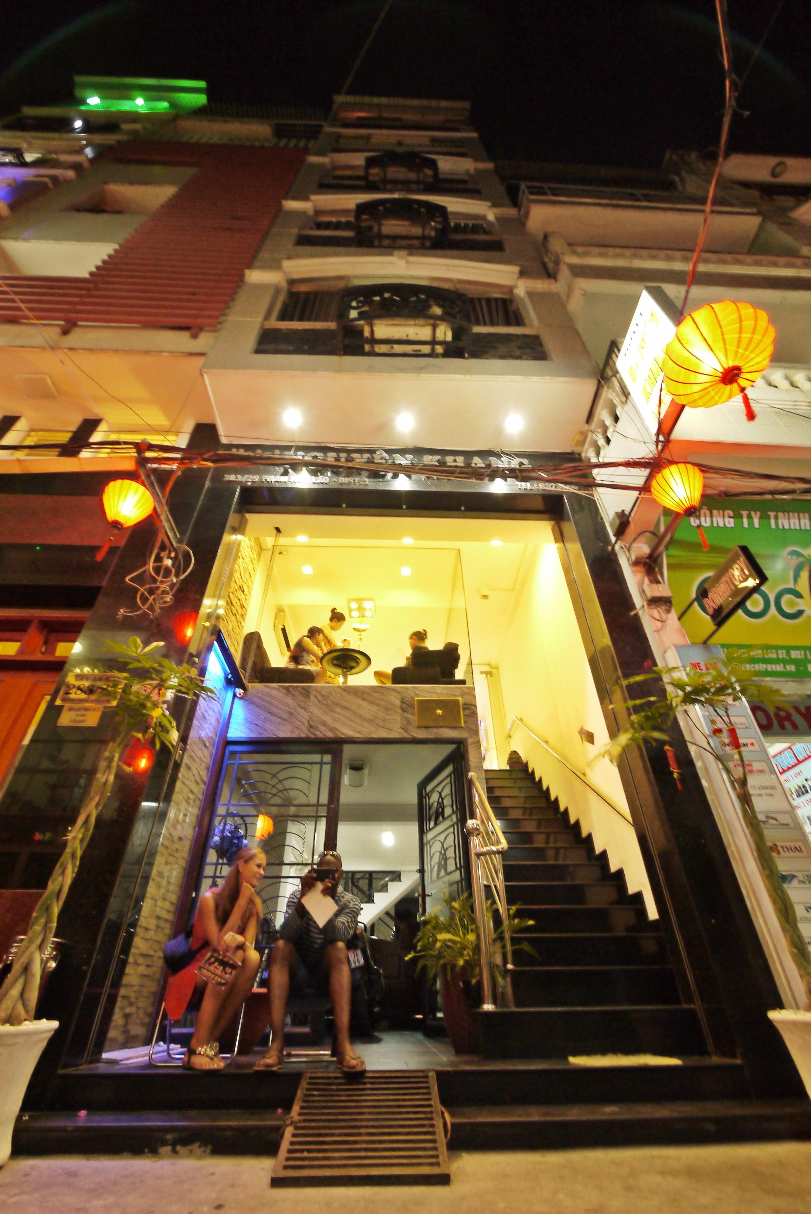 #Nguyen_Khang_Hotel in #Ho_Chi_Minh - #Vietnam http://directrooms.com/vietnam/hotel/nguyen-khang-hotel-ho-chi-minh-103328.htm