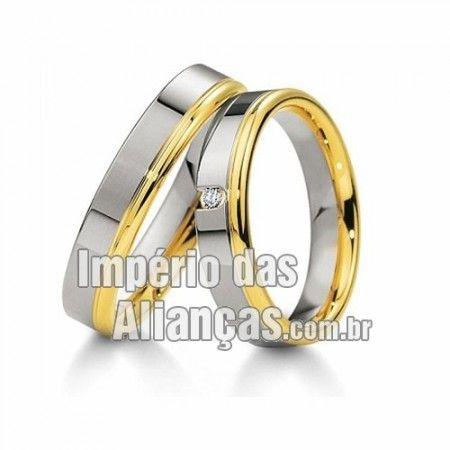 b7b838bd76607 Aliança de noivado e casamento em ouro branco e ouro amarelo 18k Largura  4.5mm Pedras 1 diamante de 2 pontos Acabamento Liso Formato Anatômico Peso  8 gramas ...