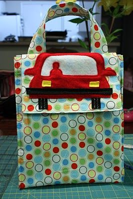 The Crafty Cupboard: How To: Fabric Lunch Sacks