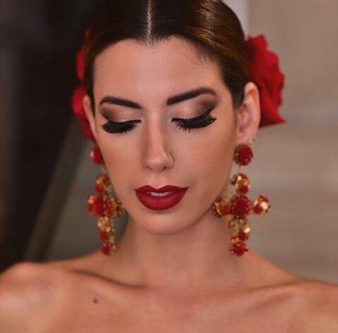 Spanish Makeup Beautiful Dance Makeup Mexican Makeup Spanish Hairstyles