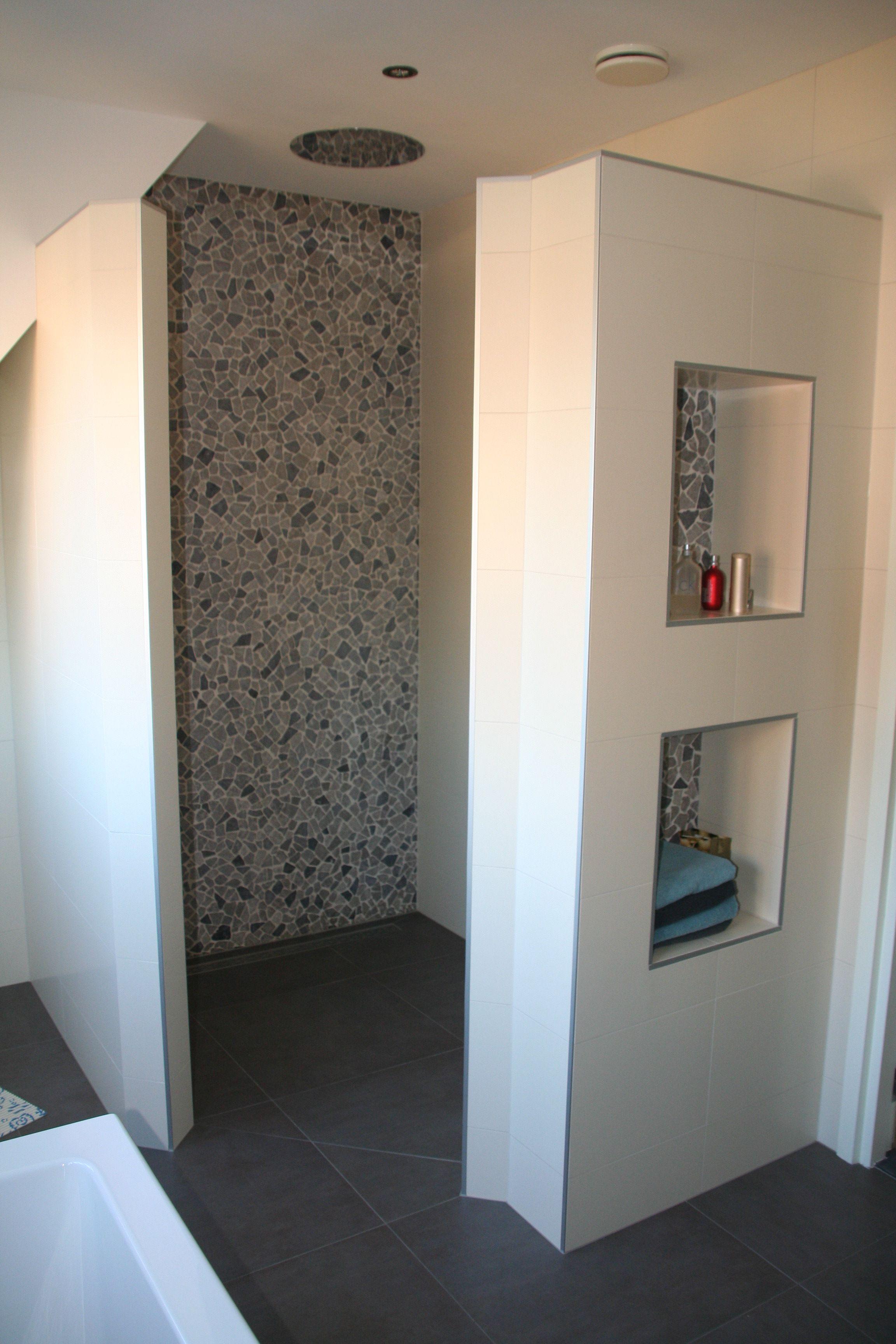 Badkamer mozaiek tegels google zoeken badkamer pinterest tegels badkamer en zoeken - Spiegel wc ontwerp ...