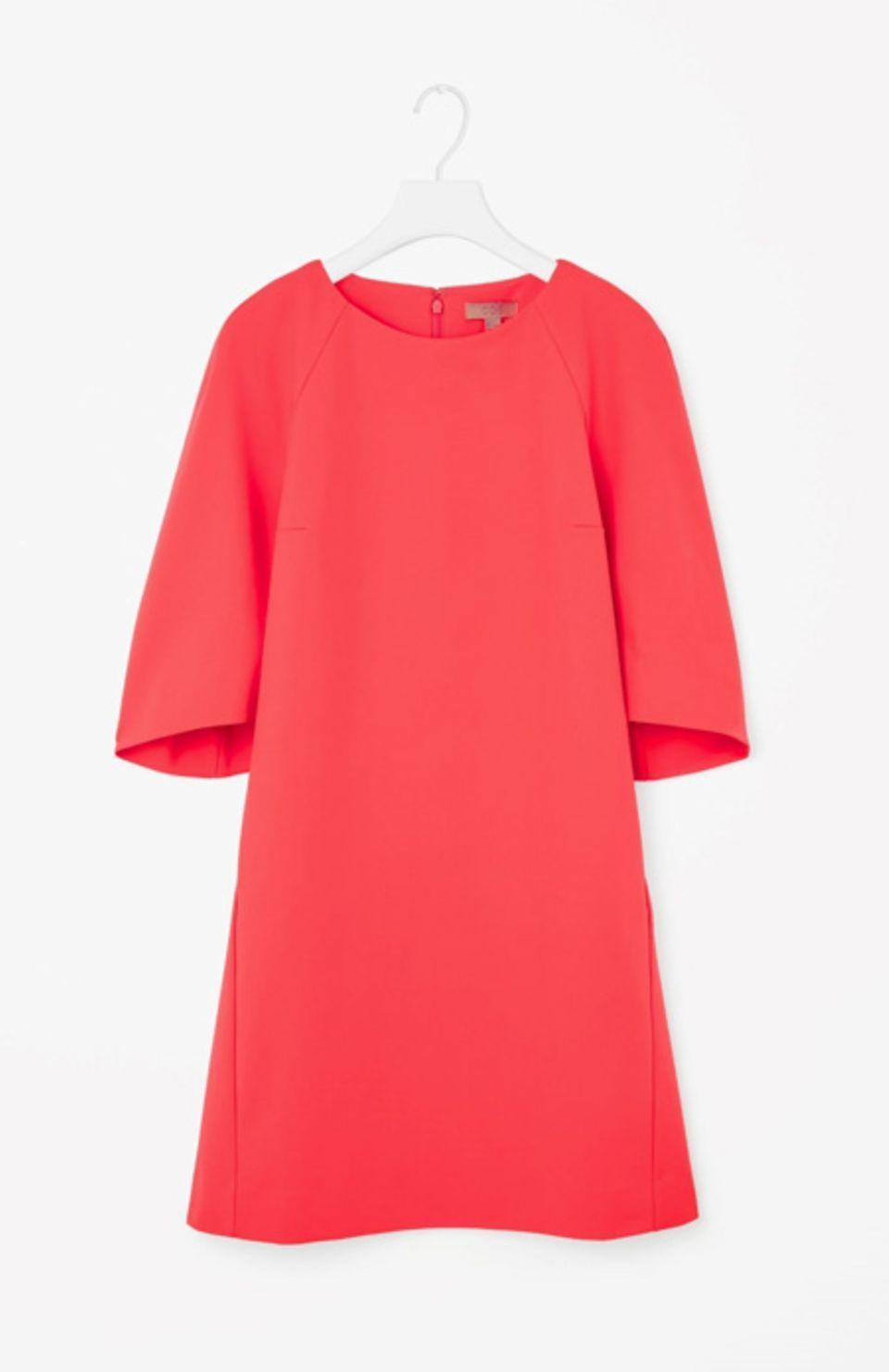 11 Kleider, die einen kleinen Bauch kaschieren  Kleid bauch
