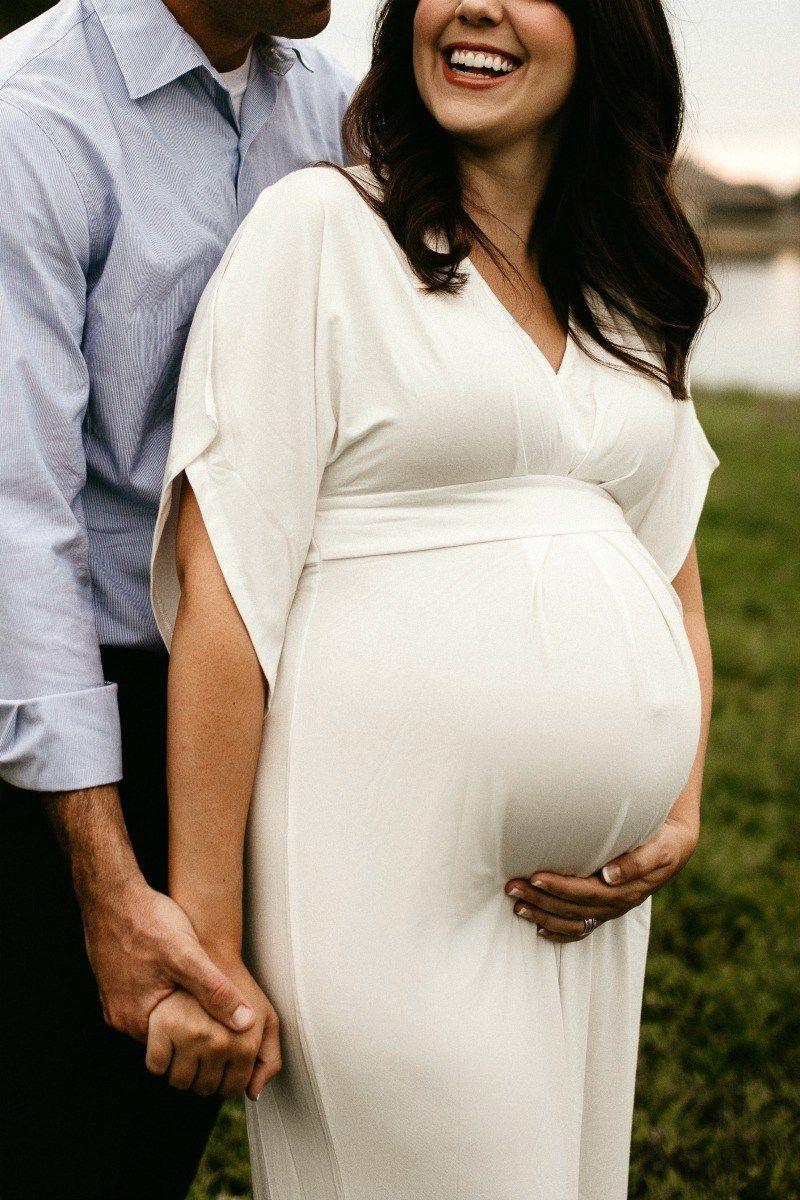 Finns Mutterschaftsbilder im Sommer - A + Life   - Maternity - #Finns #LIFE #Maternity #Mutterschaftsbilder #Sommer