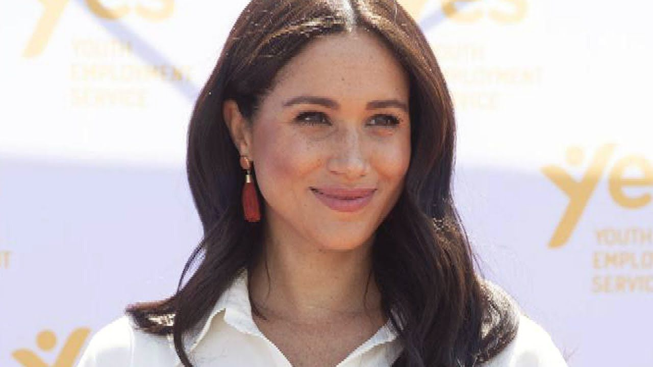 Why Meghan Markle May Be Celebrating Her 39th Birthday with Oprah Winfrey - YouTube