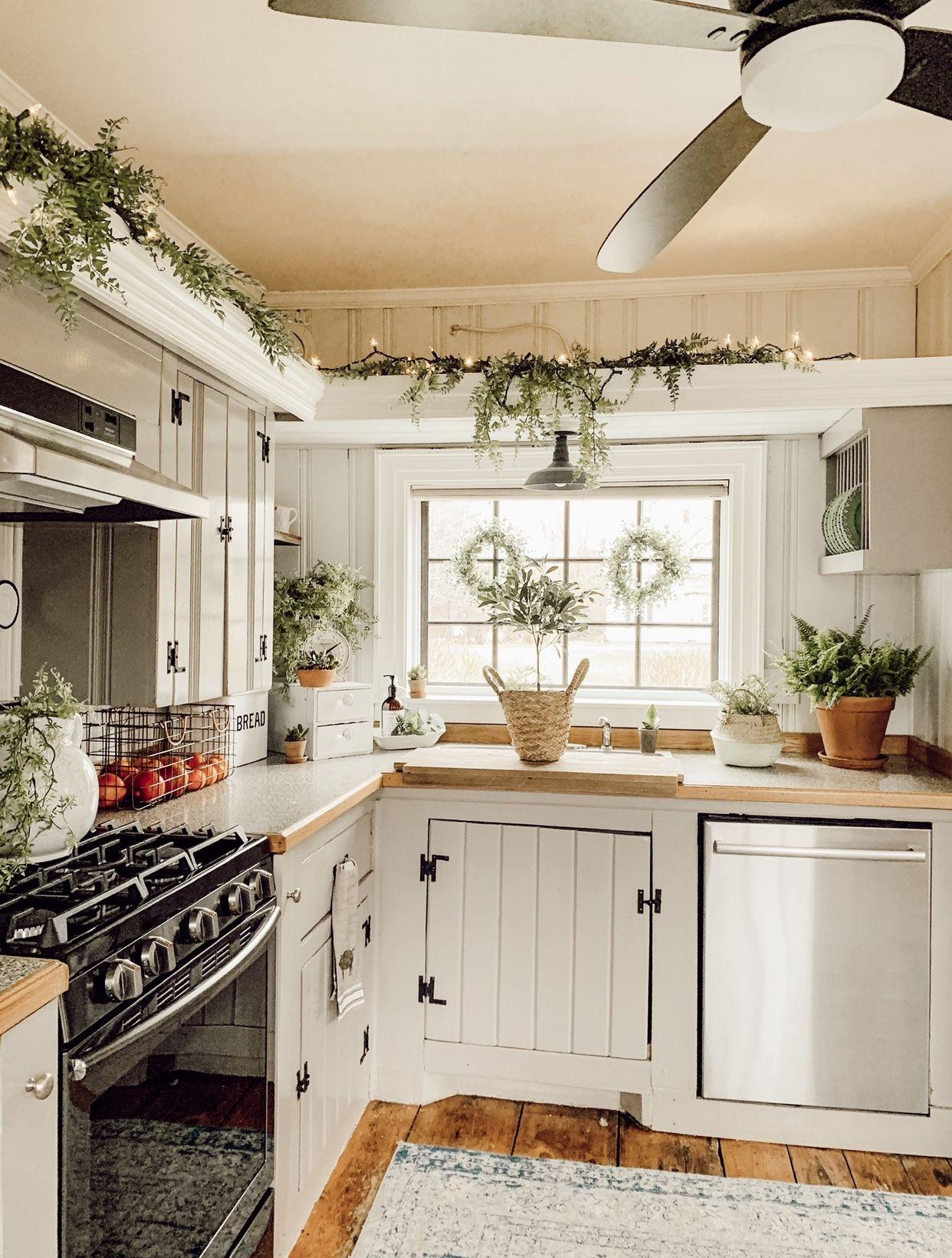 Farmhouse Vintage Farmhouse Kitchen Decor Wide Pine Floors In 2020