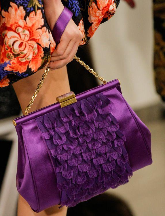 Oscar De La Renta Chain Strap Bag Picture