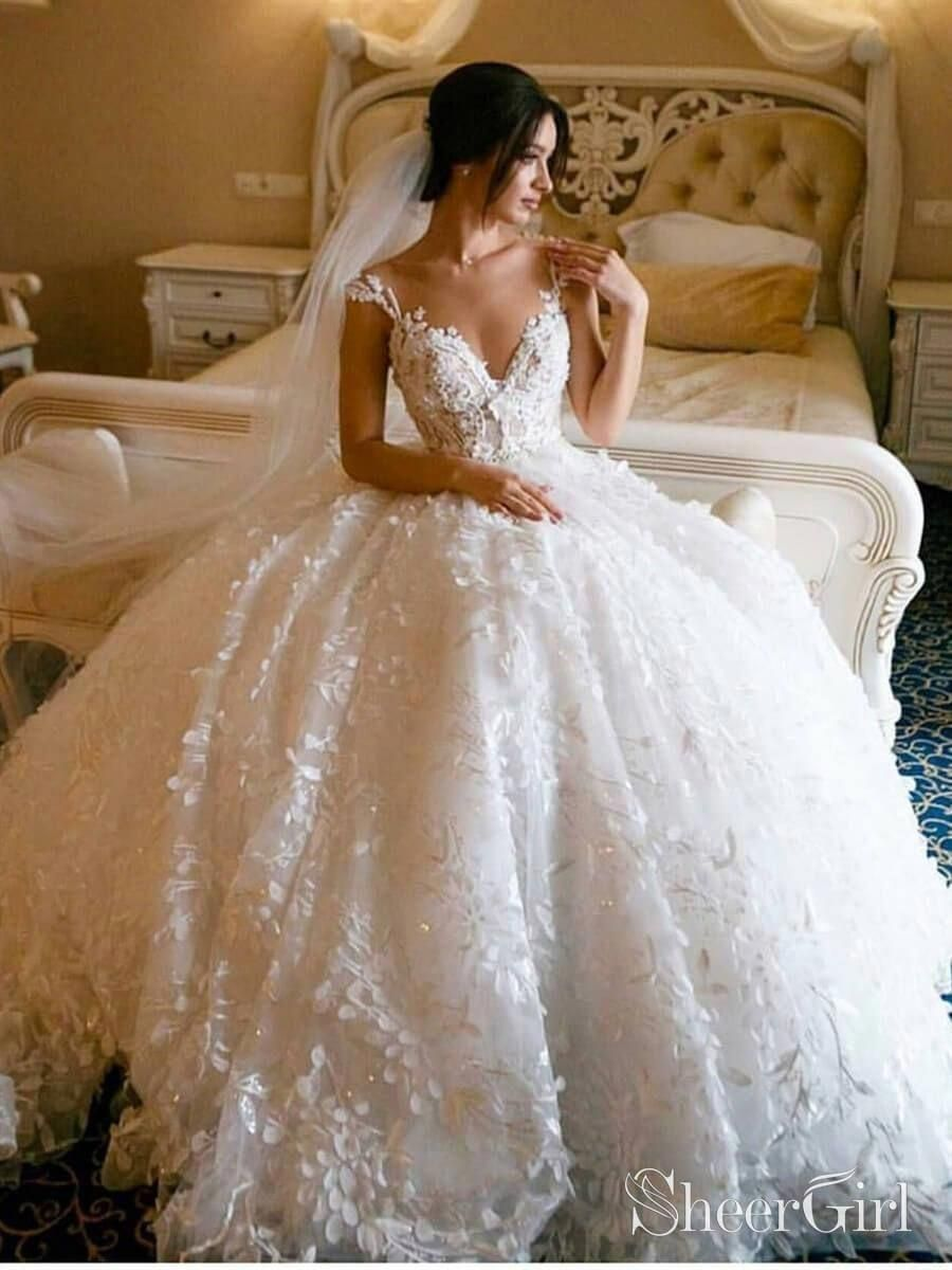 3d Floral Lace Ball Gown Wedding Dresses Spaghetti Strap V Neck Wedding Gown 1 Silhouet En 2020 Vestidos De Novia Largos Vestidos De Novia Con Encaje Novia De Encaje