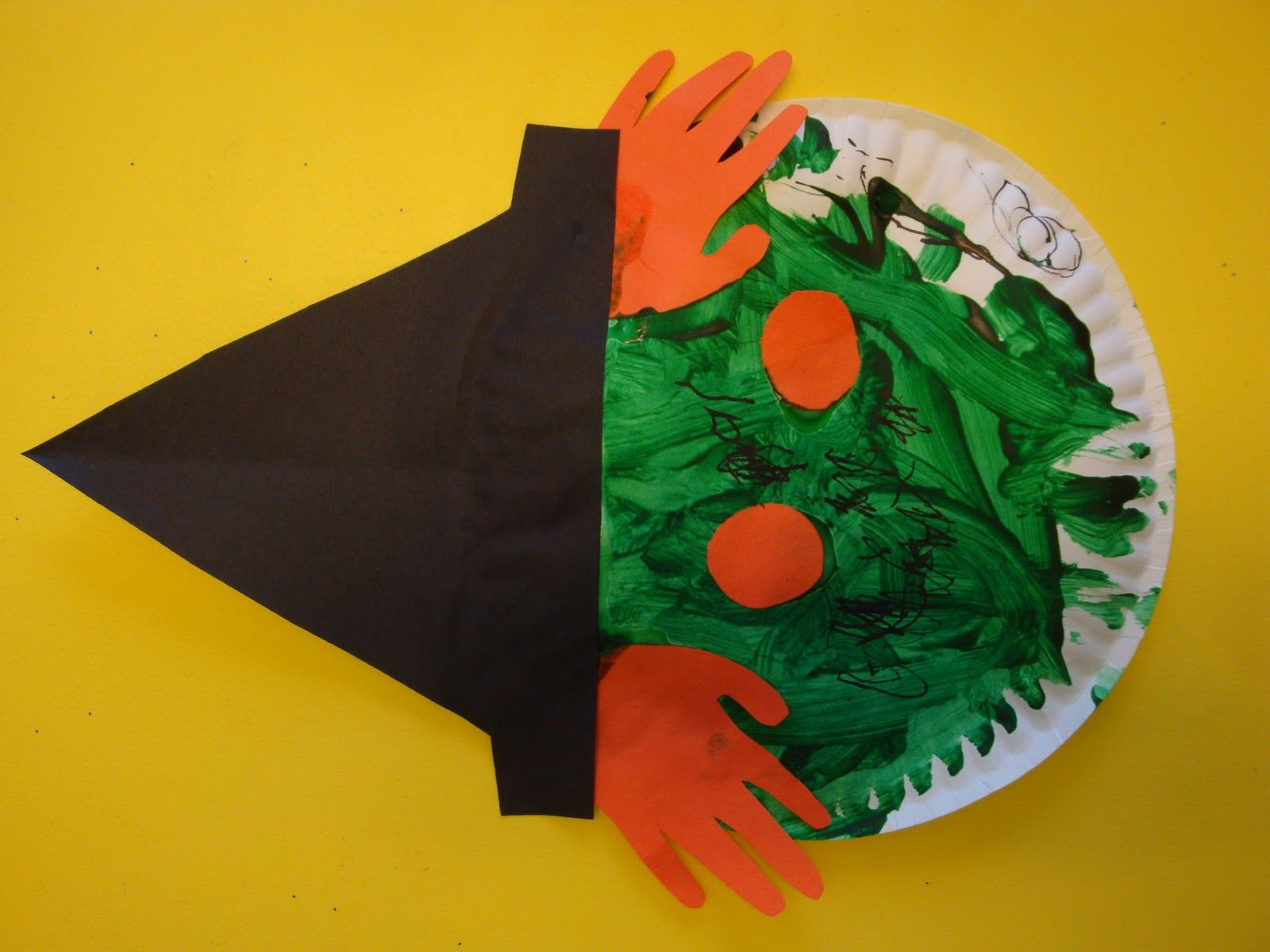 Holloween easy crafts for kids crafts for kids for for Simple handicraft project