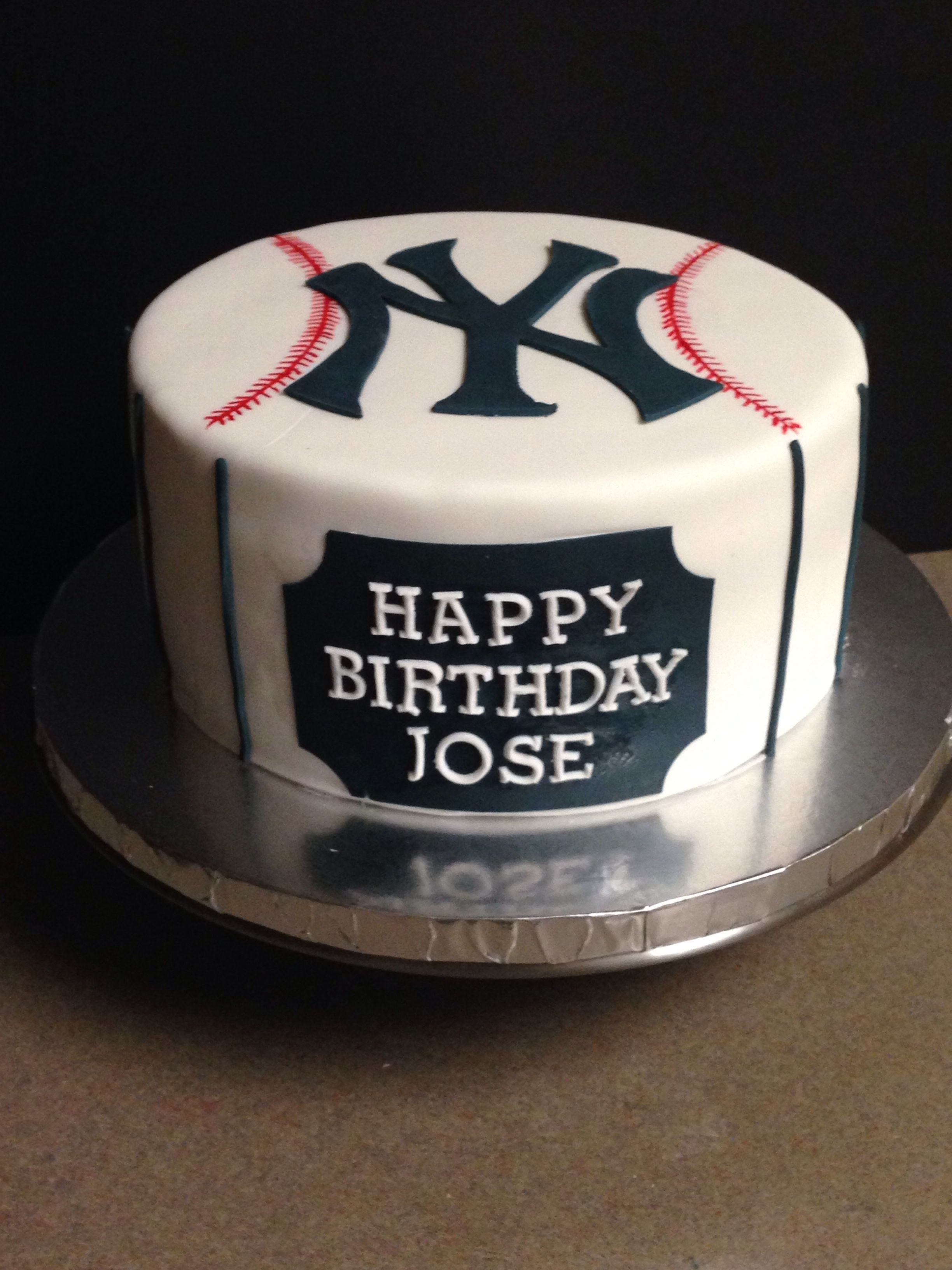 New York Yankees Cake By Incredibundts More Yankee Cake Dad Birthday Cakes Birthday Cake Kids
