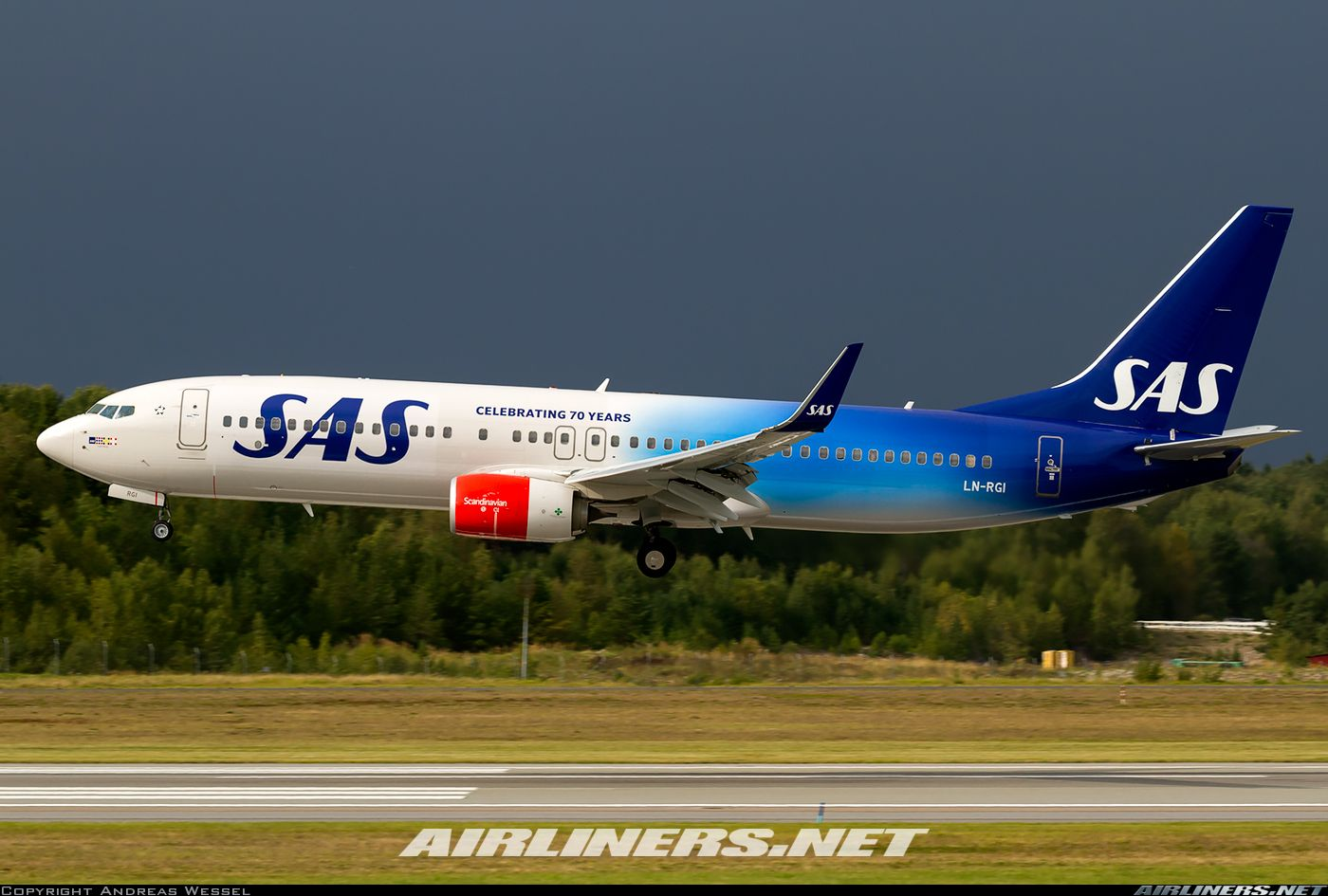 Boeing 737 86n Scandinavian Airlines Sas Aviation Photo 3948955 Sas Airlines Scandinavian Airlines System Boeing