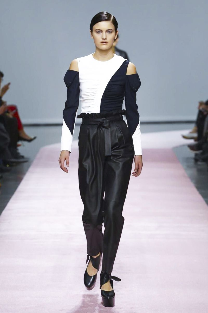 DROMe Fashion Show Ready to Wear Collection Fall Winter 2017 in Paris