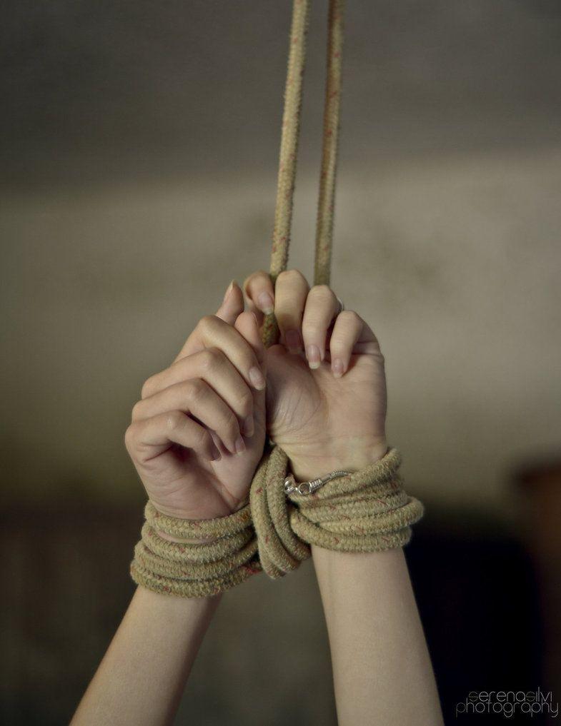 ты стянула мои руки веревками видео создателям сайта