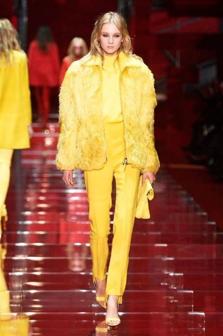 Milano Fashion Week FW 2015-20 Versace #Versace #catwalk #Milan #moda #modadonna #sfilate #runway