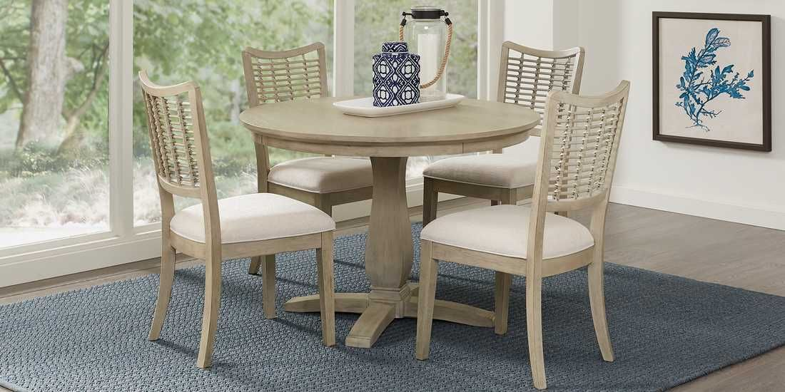 Coastline Drive Gray 5 Pc Dining Room Rooms To Go Round Dining Room Round Dining Room Sets Round Dining Room Table