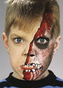 Halloween Zombie Schmink.Zombie Kind Halloween Schminken Schmink Partytipps