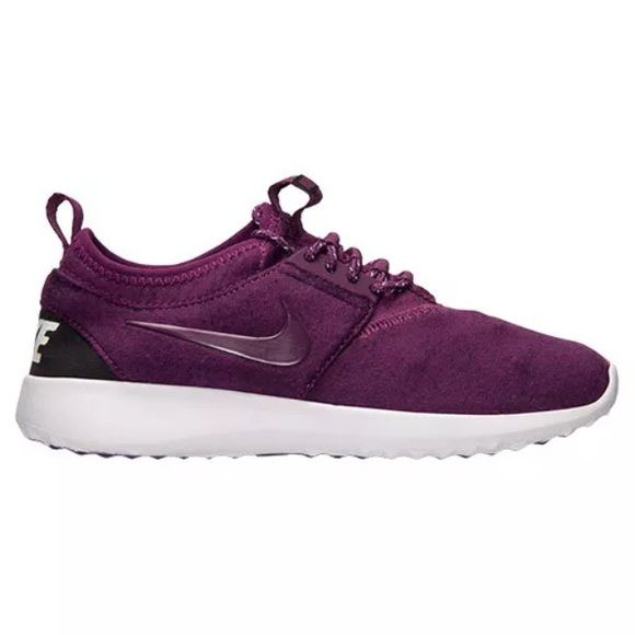 info for 2c595 af440 Womens Nike Juvenate TP