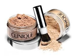 clinique powder - my usual choice #newyearstylechallenge