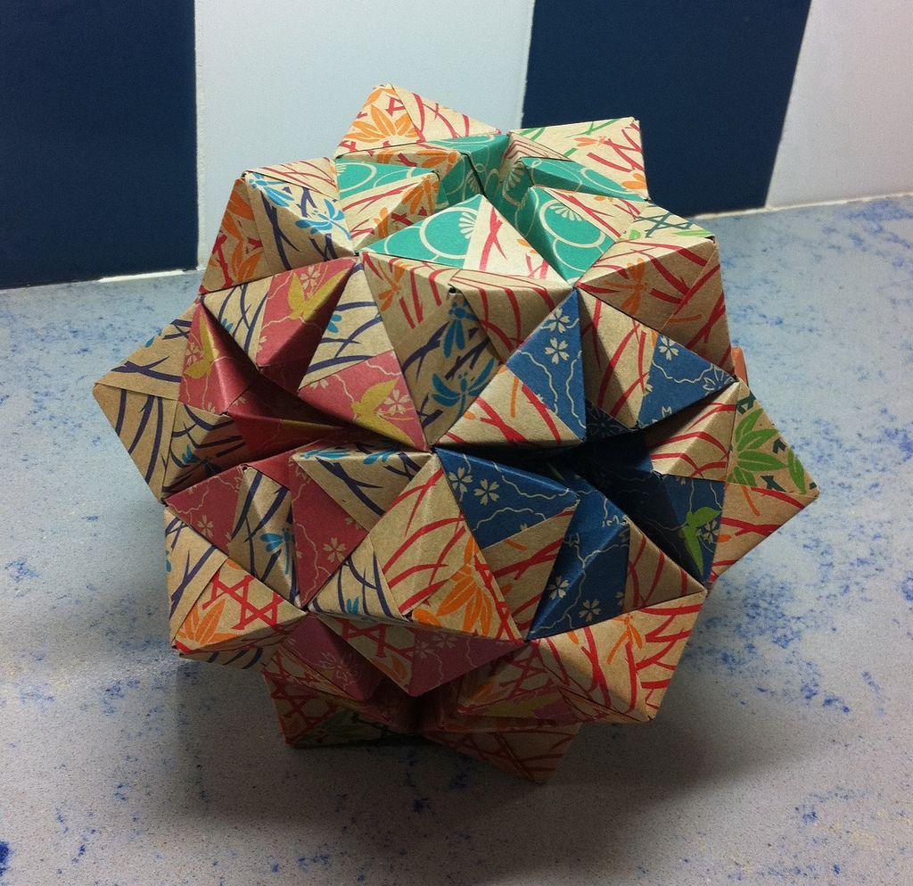 A higher order sonobe ball   Modular origami, Origami, Ball   993x1024