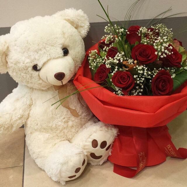 Bouquet With Red Roses And A Teddy Bear By Fiorissimo Gr