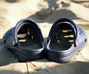 How To Clean Crocs Cleaning Guides Crocs Shoes Crocs Shoes