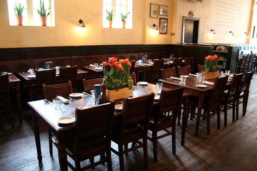 Markt NYC Bistro Restaurant Interior bulkhead design could be ...