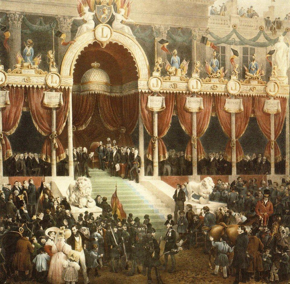 C'est le 21 juillet 1831 que Léopold, prince de Saxe-Cobourg et Gotha, duc en Saxe, né prince Léopold Georges Christian Frédéric de Saxe-Cobourg-Saalfeld, prête serment sur les marches de l'Eglise Saint Jacques sur Coudenberg et devient le 1er Roi des Belges.   Cette date est celle de la fête nationale belge.