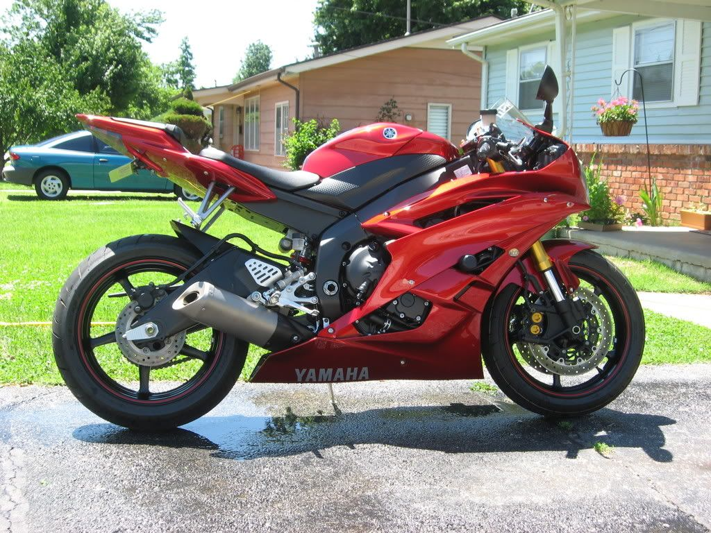 yamaha r6 for sale. yamaha r6 2009 fresh import for sale in all pakistan.