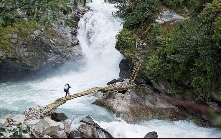 Lige Bridge at Kanchenjungha North Base camp Trekking