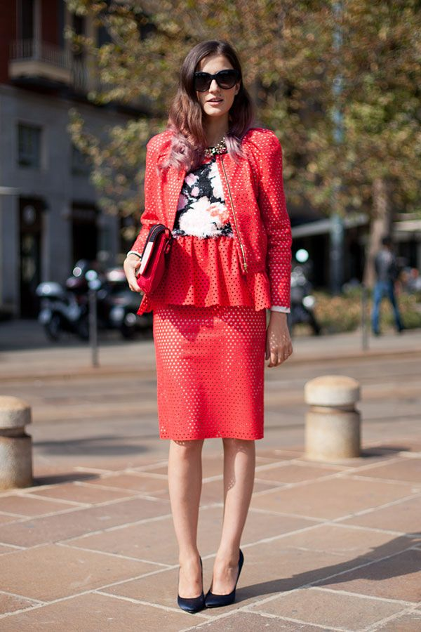 f00748cbe95 STREET STYLE SPRING 2013  MILAN FW - Monochromatic red makes a statement.