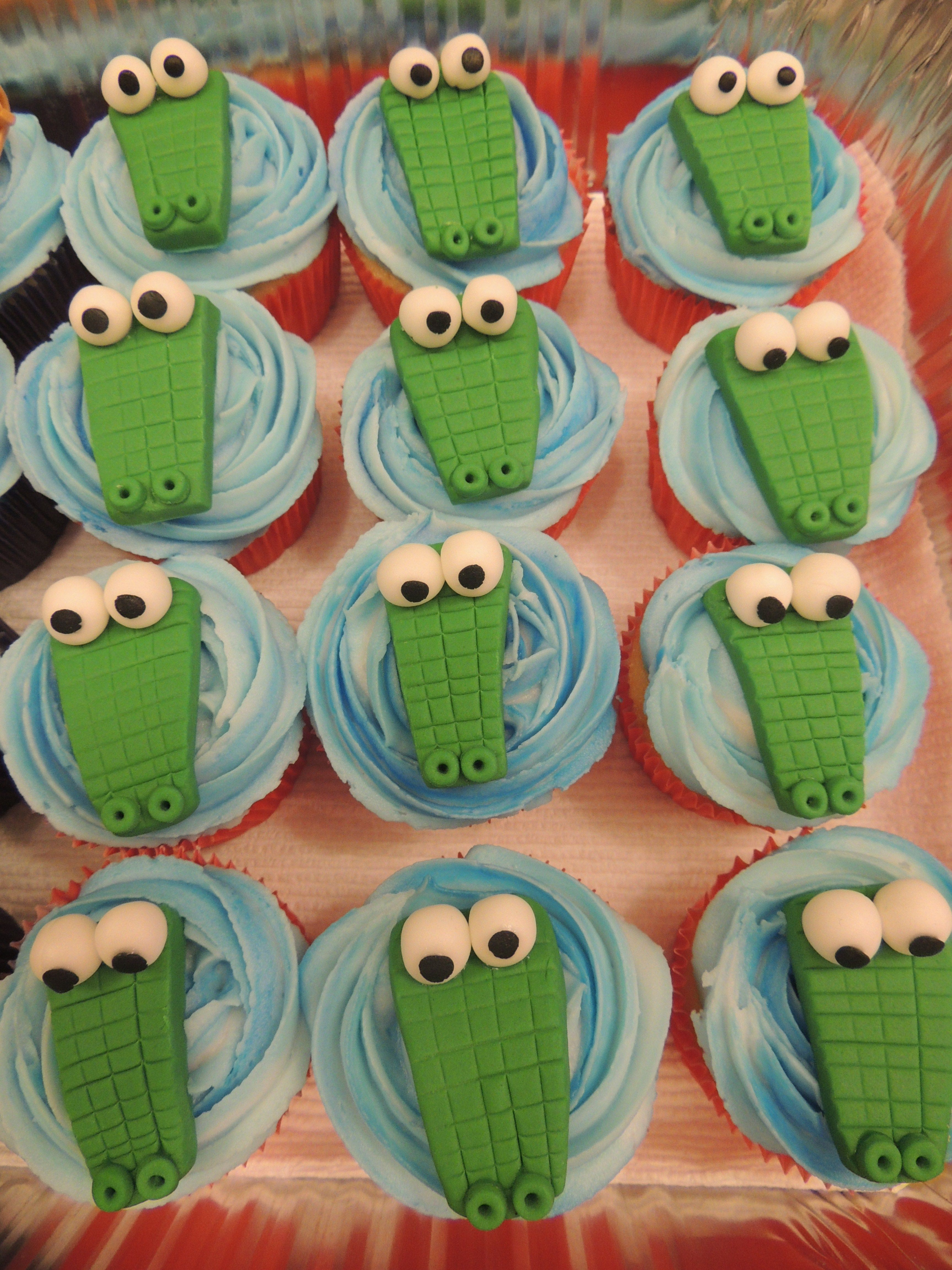 alligator cupcakes cakes pinterest geburtstag kuchen und fondant. Black Bedroom Furniture Sets. Home Design Ideas