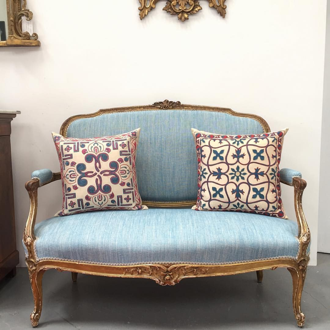 Alchemy Clare Norton On Instagram Bright Bold But Really Striking Love This Vivid Fermoie Fabric On Giltwood A Embroidered Cushions Home Decor Love Seat