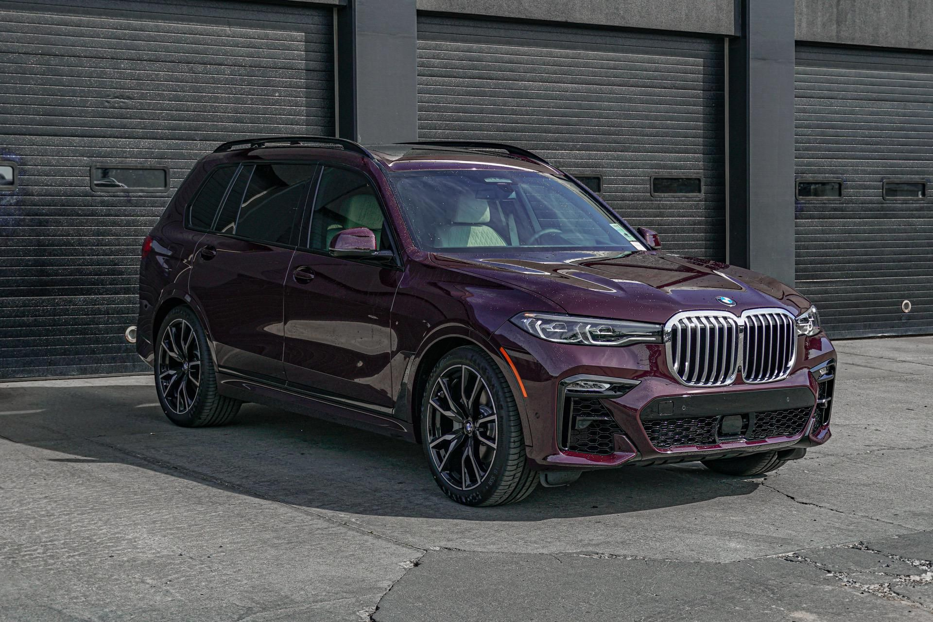 Bmw X7 In Ametrin Metallic Shows Up At U S Dealerships In 2020 Bmw X7 Bmw Car