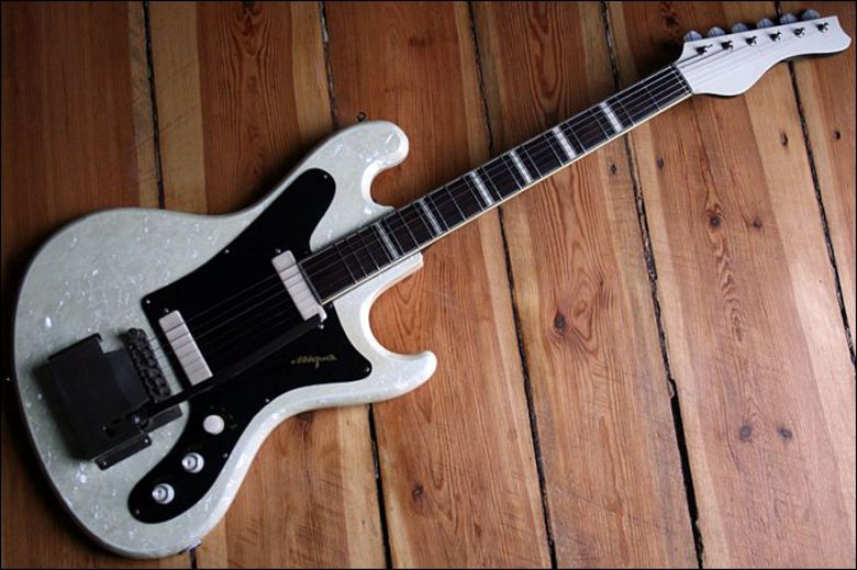 Guitar Blog: Vintage German-made pearloid-finished Migma solidbody electric guitar