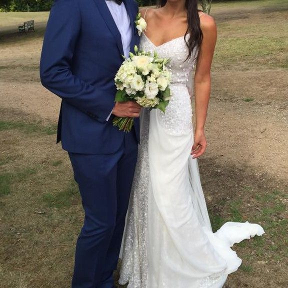 Karen Willis Holmes Anya Gown With Genevieve Overlay Second Hand Wedding Dress On Sale 29 Wedding Dresses Second Hand Wedding Dresses Wedding Dresses For Sale