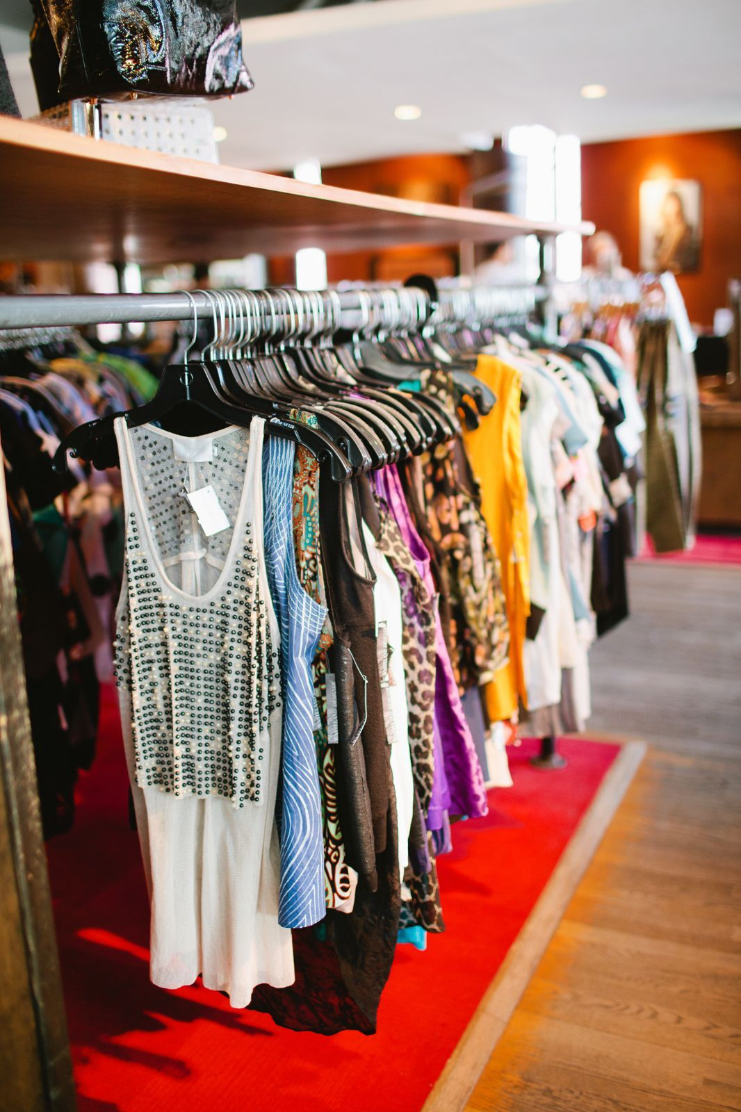 7 L A Thrift Stores You Can Actually Score At Vintage Clothing Stores Vintage Thrift Stores Vintage Outfits