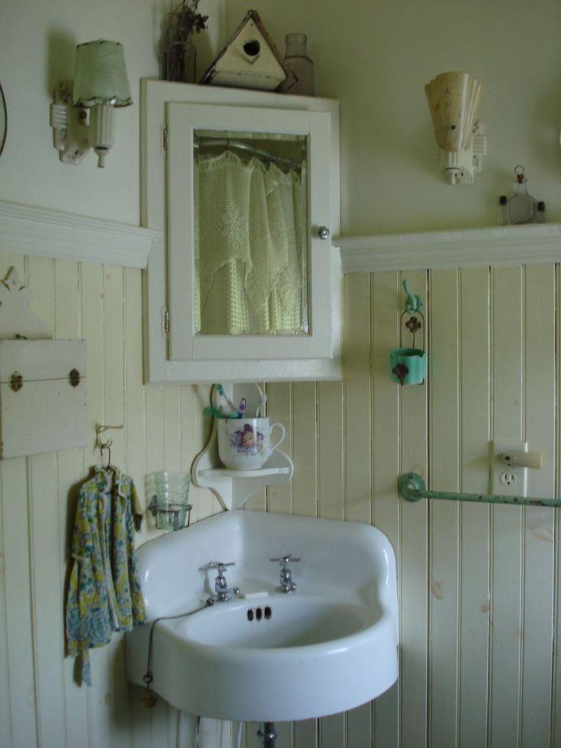 53 Vintage Farmhouse Bathroom Ideas 2017 Corner Sink