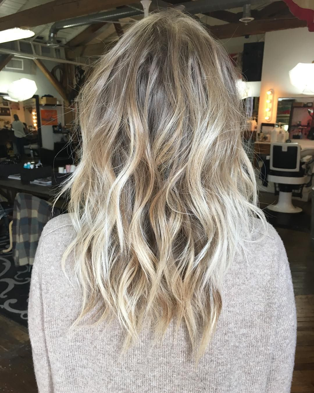 Blonde ombre highlights #jukehair #leahhofffhair""