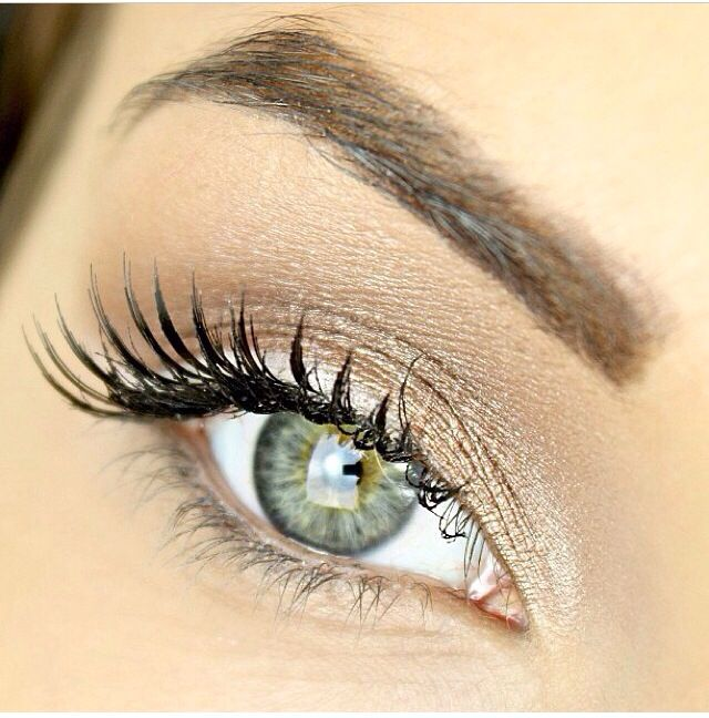 Gorgeous Gold Eye Using M A C Pigment In Naked Hair
