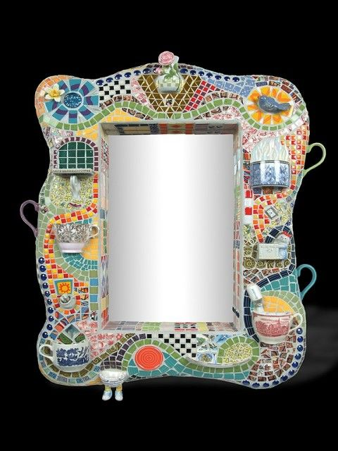 i should probably jump right on making this mosaic mirror