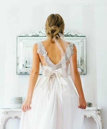 Anna Campbell | stillwhite.com.au