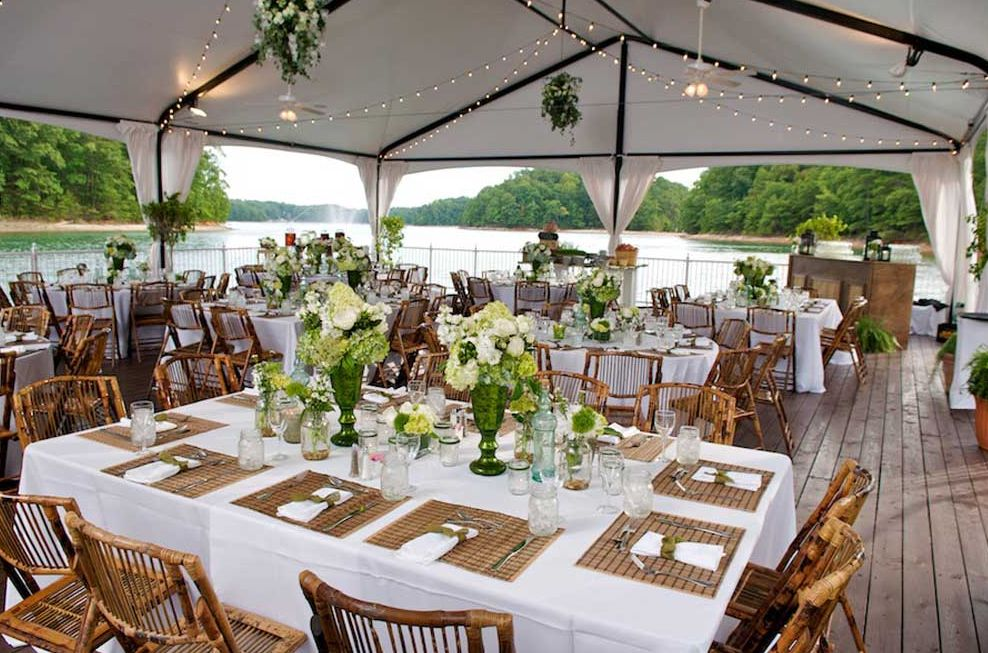 Find Lake Lanier Islands Wedding Venue One Of Best Cheap Wedding Venues In Ga Cheap Wedding Venues Wedding Venues Waterfront Wedding Venue