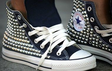 Kettle Black High Top Silver Studded Converse | Zapatillas