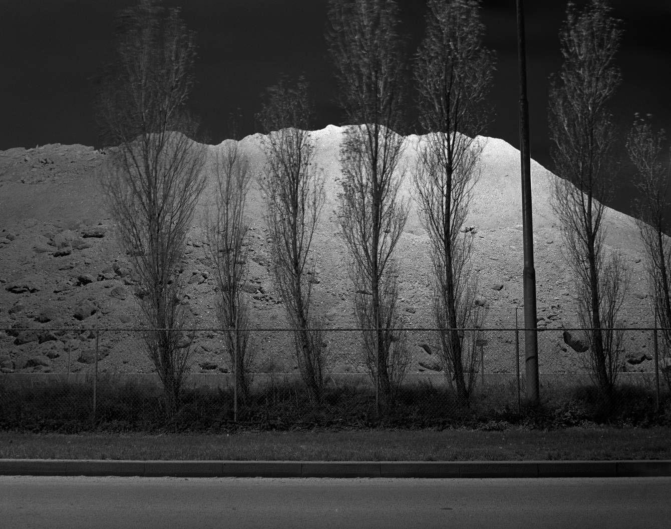 Shadow of midnight sunrise - Roel Brekelmans