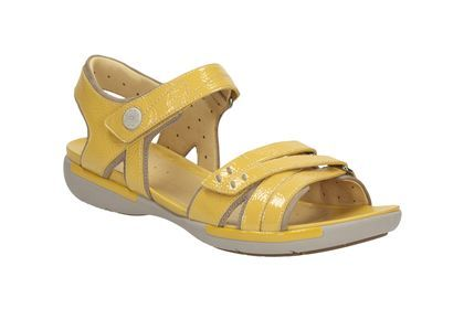 f6d7a2926b22 Womens Casual Sandals - Un Vasha in Honey Patent from Clarks shoe ...