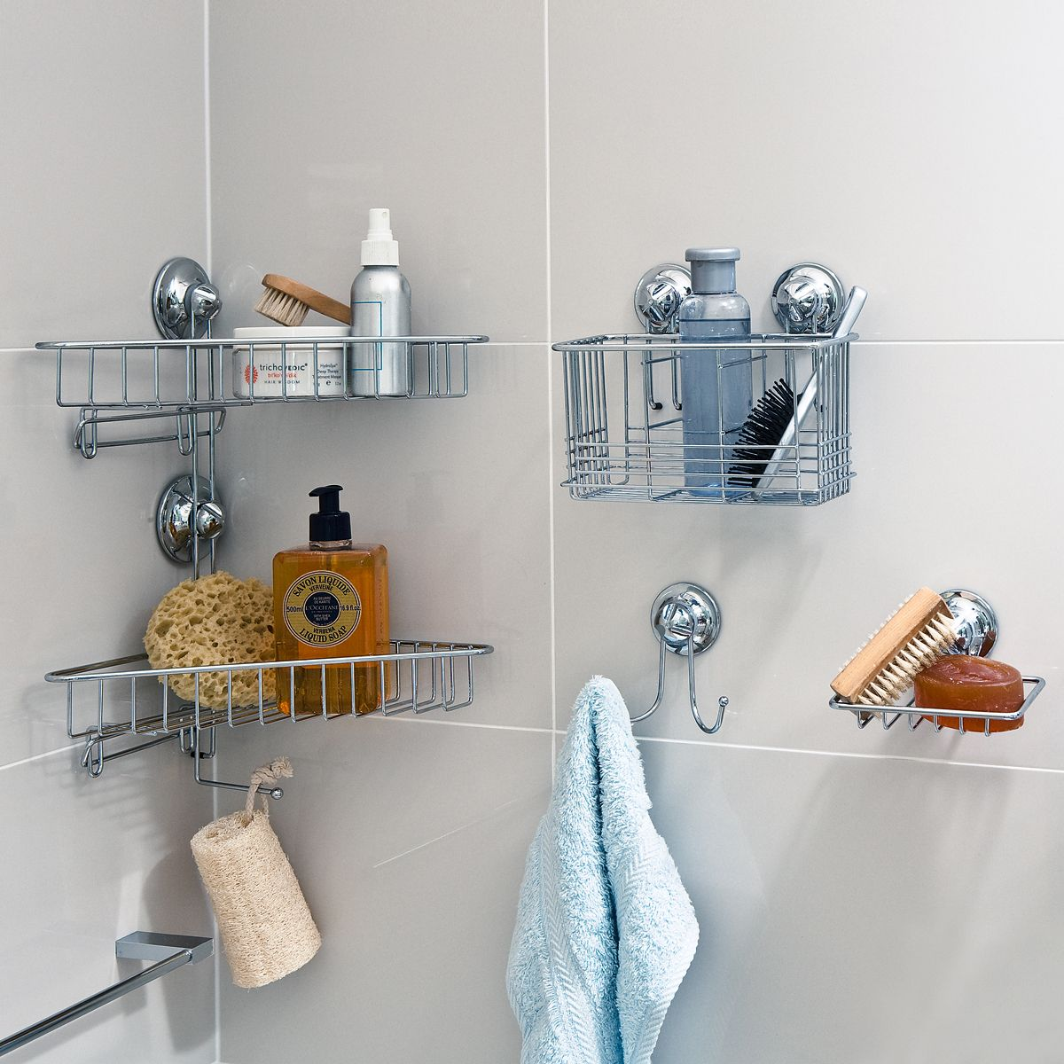 Minimalist Storage Decorations In Small Bathroom listed in